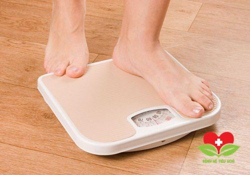 Tự nhiên sụt cân không rõ lý do cũng là dấu hiệu của ung thư dạ dày