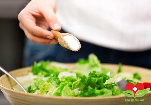 Dấu hiệu cảnh báo cơ thể bạn đang thừa quá nhiều muối!