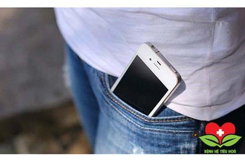 """Điện thoại di động có thể """"nấu chín"""" tinh trùng của nam giới"""