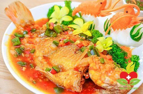 Bác sĩ chuyên khoa chỉ ra những sai lầm phổ biến khi ăn cá ai cũng mắc