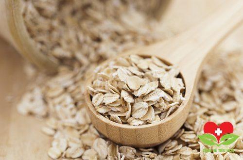 Tăng cường ăn hạt dẻ và yến mạch để cung cấp kẽm