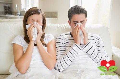 Viêm mũi dị ứng rất dễ phát triển vào lúc chuyển mùa