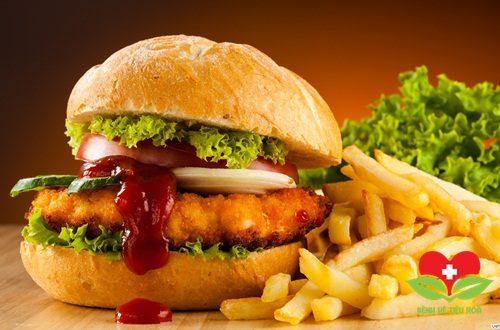 Điểm danh nhóm thực phẩm người bị bệnh lở loét miệng nên kiêng?