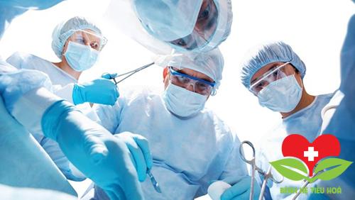 Phẫu thuật điều trị ung thư tuyến nước bọt