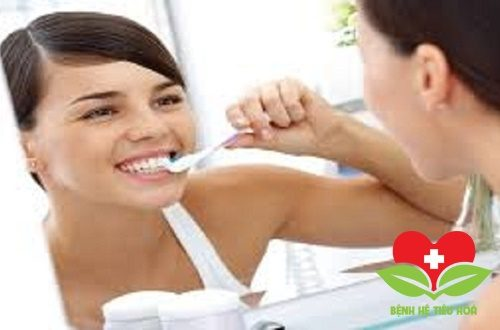 Cảm giác buồn nôn khi đánh răng cảnh báo bệnh gì?