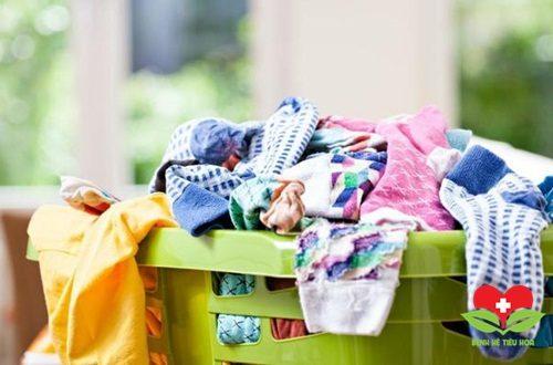 Cảnh báo: Có thể mắc nhiều bệnh nguy hiểm nếu mặc quần áo còn ẩm