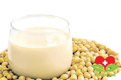 Không đựng sữa đậu nành nóng vào túi nilon