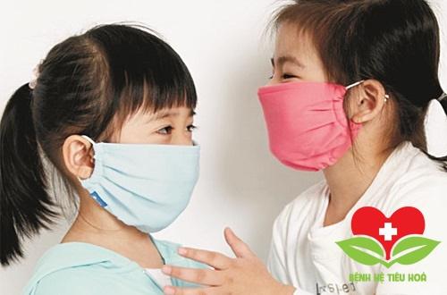 Cách phòng tránh bệnh thường gặp vào mùa hè ở trẻ
